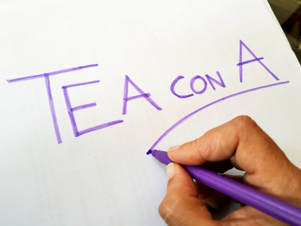 Tea con A